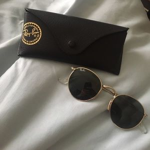 AUTHENTIC Round Ray-Bans NWOT